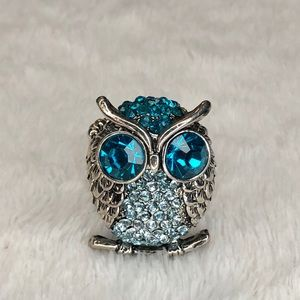 unbranded Jewelry - 💎BOGO FREE! Gorgeous blue & silver owl ring!🦉💎
